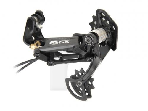 Acros-A-GE-hydraulische-Schaltung-schwarz-titan_b2.jpeg