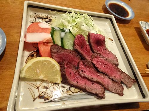 18牛タタキ
