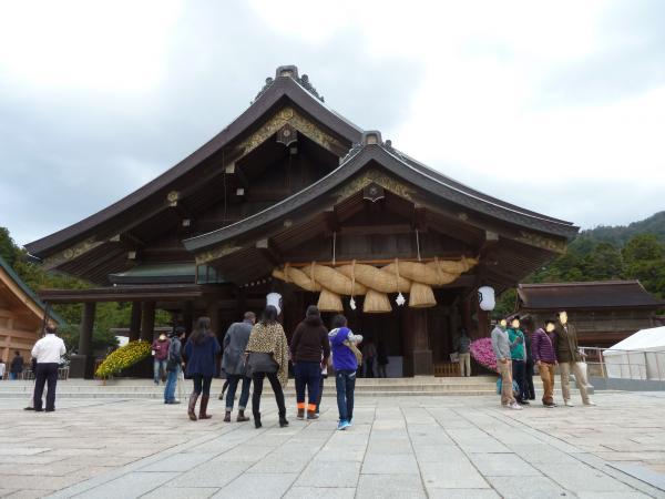 出雲大社拝殿4
