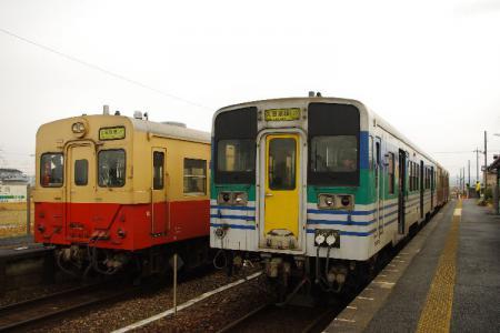 横田駅 キハ