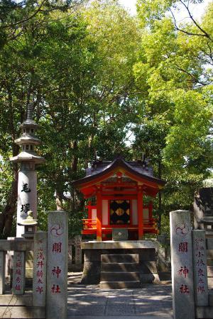 関神社 毛塚