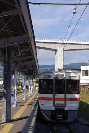 313系 岡谷駅