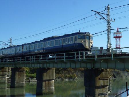 113系 加茂川橋梁