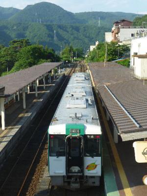 鳴子温泉駅 キハ