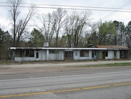 StClairAbandoned Motel-u