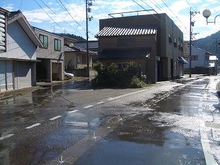 笹津、右新道。左旧道。新道でも江戸期。