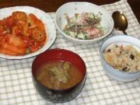 9/9 夕食 おから入り肉団子とキャベツのトマト煮込み、ごぼうサラダ、栗入り炊き込みご飯、枝豆のみそ汁