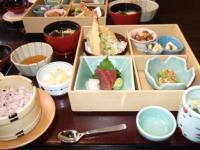 3/1 昼食 松花堂弁当  かごのや