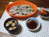 3/2 夕食 豚ともやしのレンジ蒸し、キムチもずく酢、ピリ辛麩入りわかめスープ