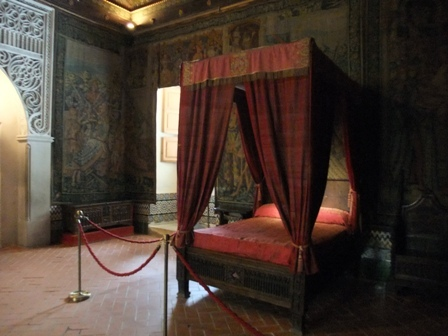 王様のベッド