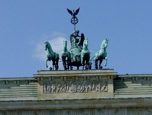 ヴィクトリア像
