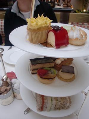 the+Landmark+Afternoon+Tea+(3)_convert_20101129050725.jpg
