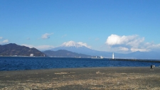 三保から見える富士山