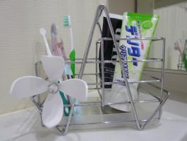 歯磨きスタンド1