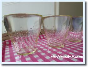 ガラスのコップ1