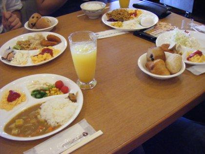 10/08/26 朝食バイキング3