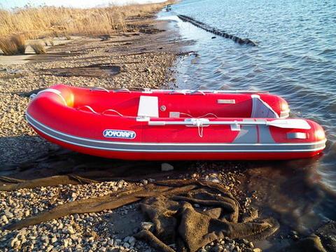 110728boat2.jpg