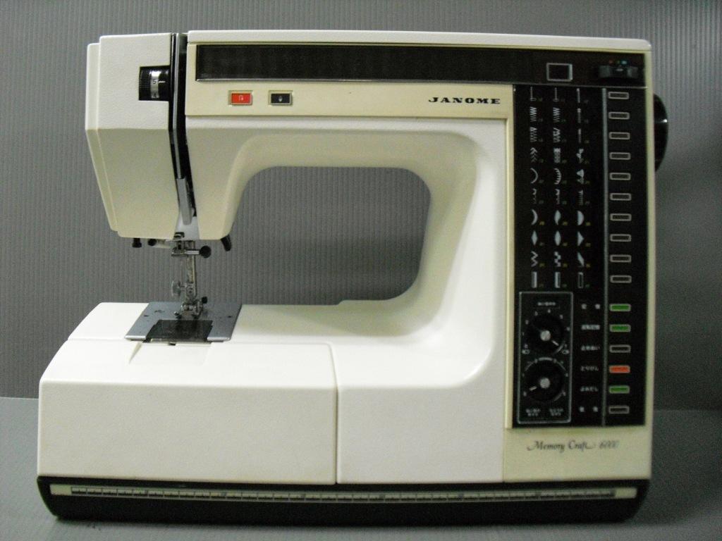MC6000-1_20110607195627.jpg