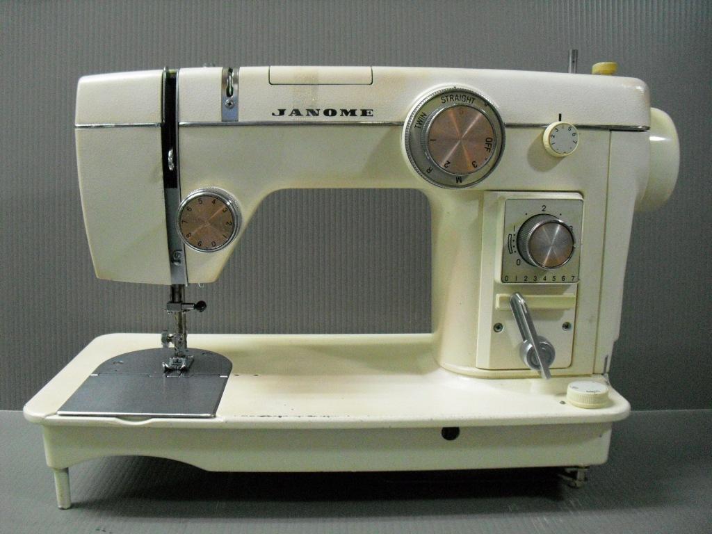 TOPIA802-1.jpg
