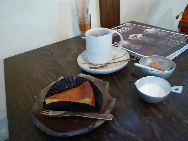 ハチカフェケーキセット