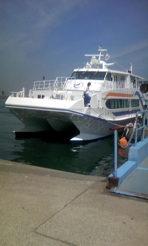 100604_095832船 答志島へ