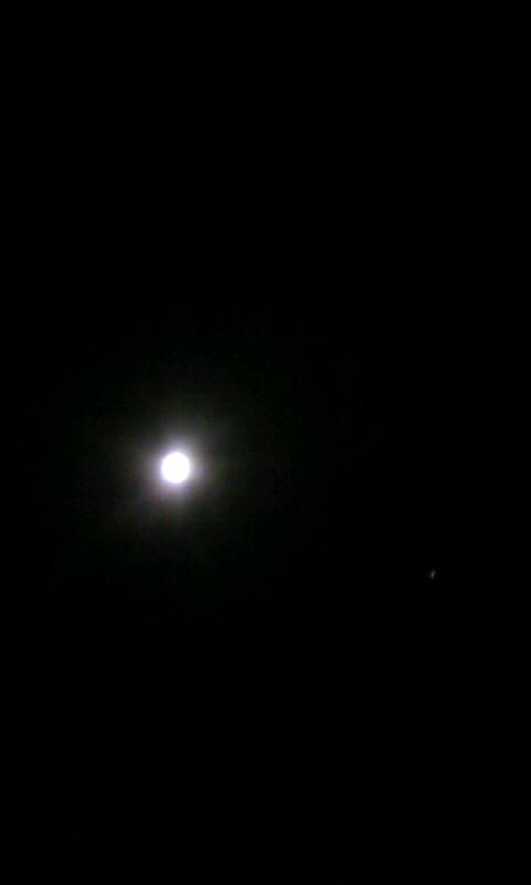 100827_222130お月様と木星