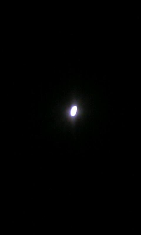 100831_045053お月様