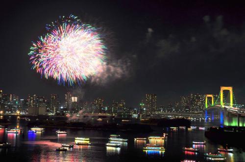 Daiba+Fireworks+2_convert_20131126132733.jpg