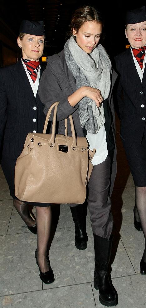 Jessica Alba arrived at London
