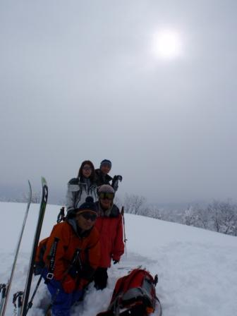 鍋倉山山頂にて