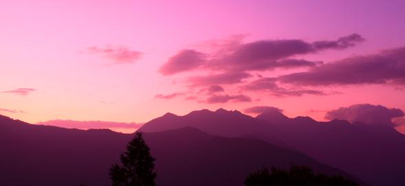 黎明の鋸岳