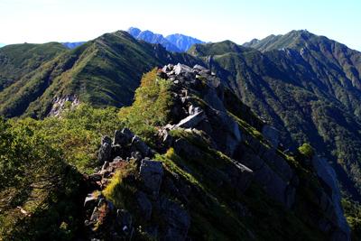 濁沢大峰・Ⅲ峰の岩稜帯