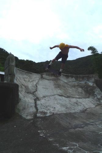 コタロBS岩