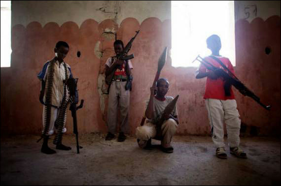 somali-children-soldiers_013[1]