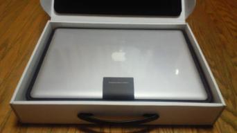 Macbook Pro 箱開封