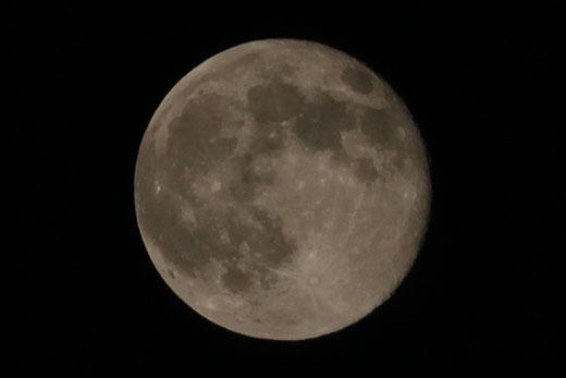 十六夜の月・20時9分