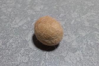 愛猫の毛②(毛玉ボール完成)
