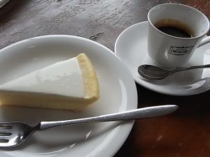 087明治の館 日瑠華(ニルバーナ)チーズケーキ
