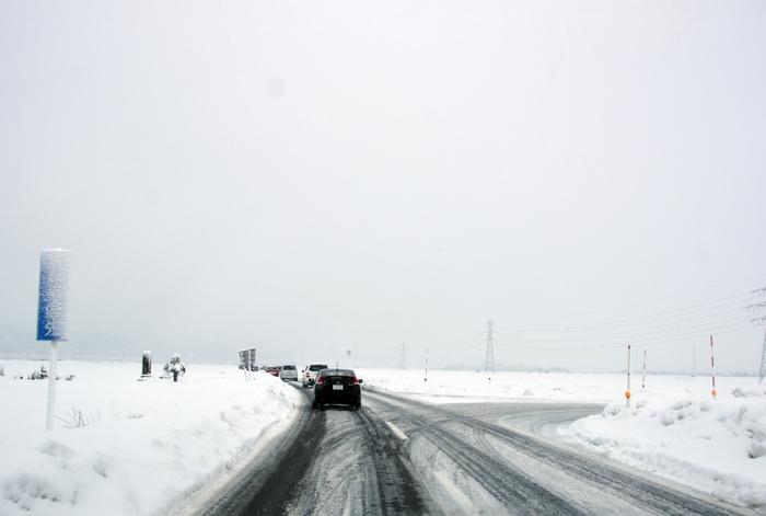 朝の通勤路 雪-3