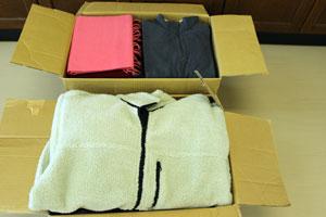 2014年10月18日衣類寄付1