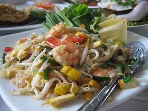 800px-Pad_Thai.jpg
