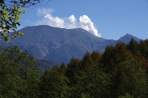 岳見峠から見えた御嶽山