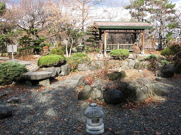 天神山緑地 日本庭園