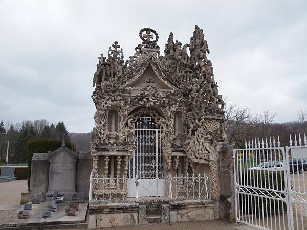 シュヴァルの墓
