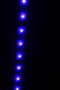 LED。_800