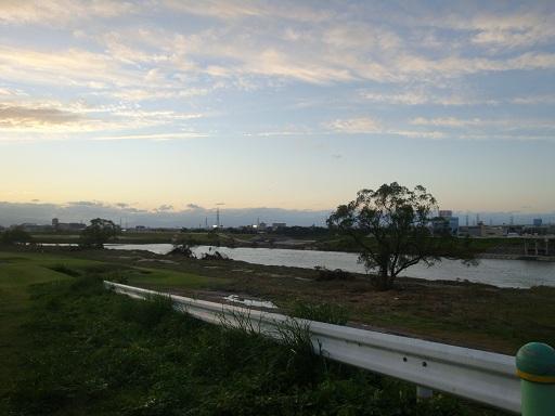 ゴルフ場 庄内川 2