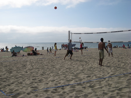 08-03beachvolleyball2.jpg