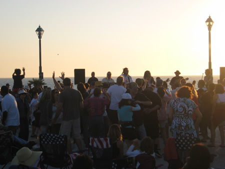 redondo-beach-concert4.jpg