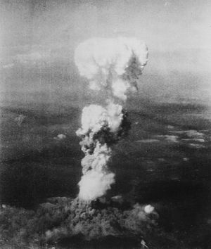 300px-Atomic_cloud_over_Hiroshima.jpg