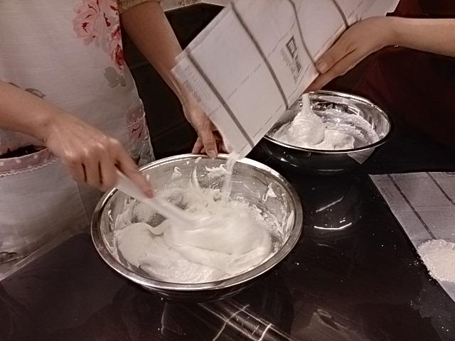 ケーキ教室の様子1